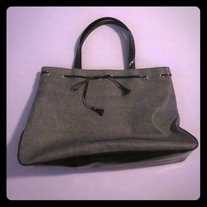 Gray shoulder bag/purse - no brand